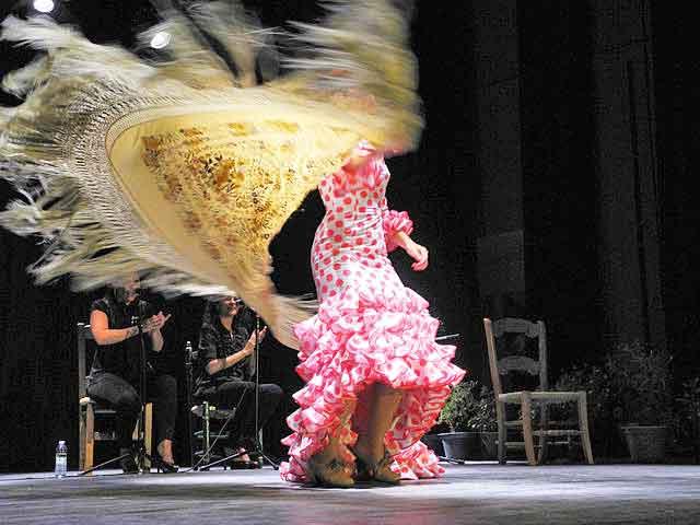 Danseuse de flamenco à Séville