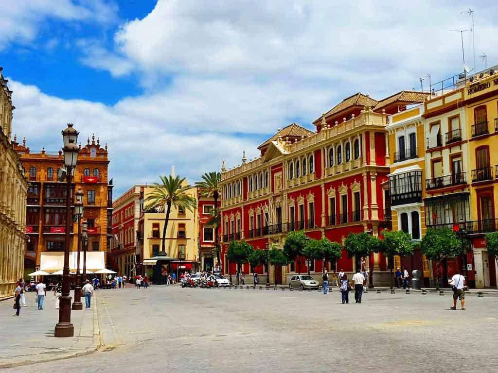 Place de San Francisco à Séville