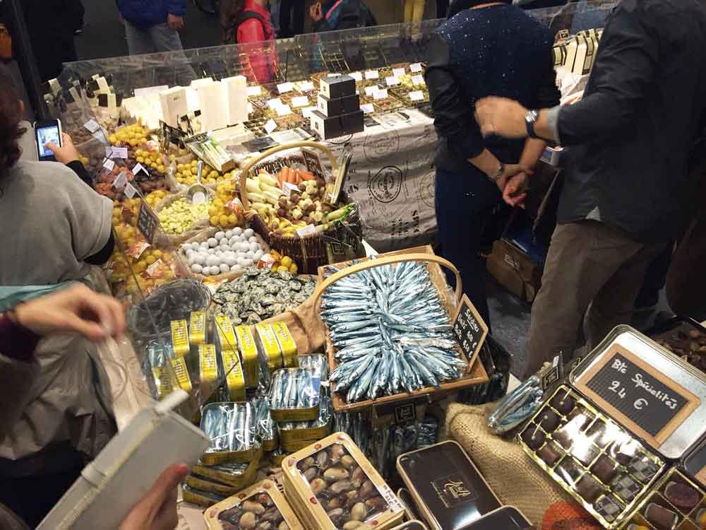 Stand de poissons en chocolat