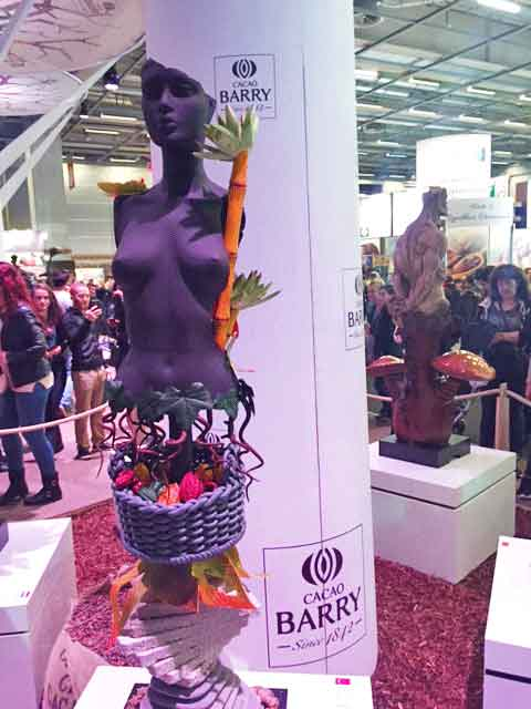 Statue en chocolat