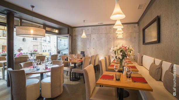 oggi-restaurant-chaleureux-92642