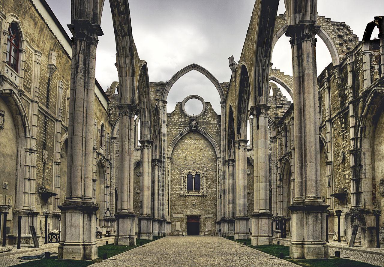 1280px-Convento_de_Lisboa_(Carmo)