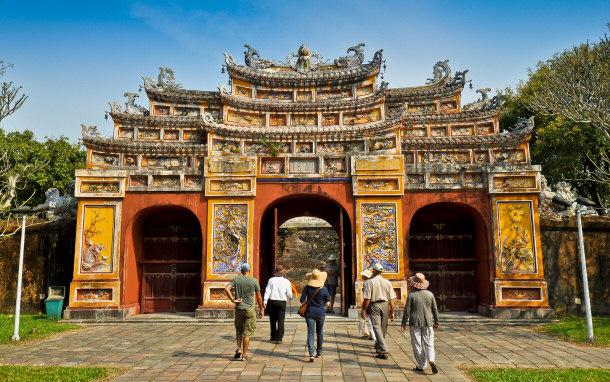 Hien-Lam-Pavilion-Gate-Hue